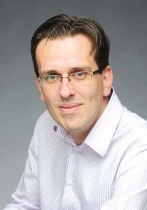 ARTUR KUBAJEK, redaktor naczelny